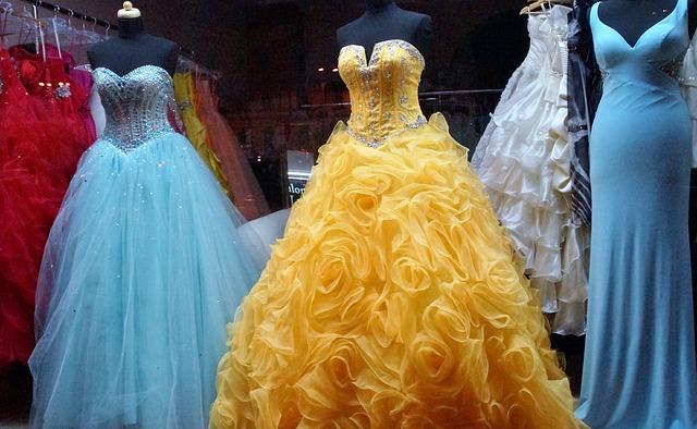 dress-1146503_640