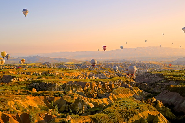 balóny letiace nad tureckom