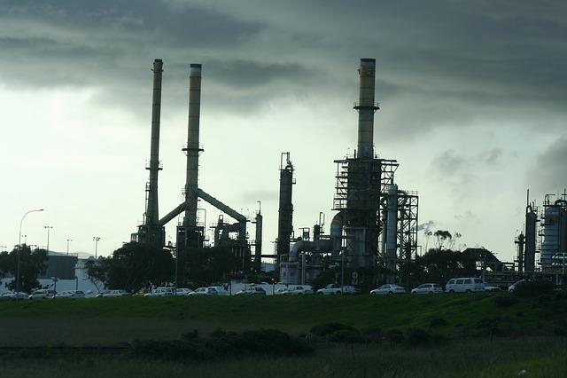 Ropný priemysel.jpg